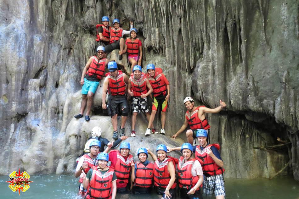 Turistas disfrutando de la aventura en Jalcomulco, Veracruz
