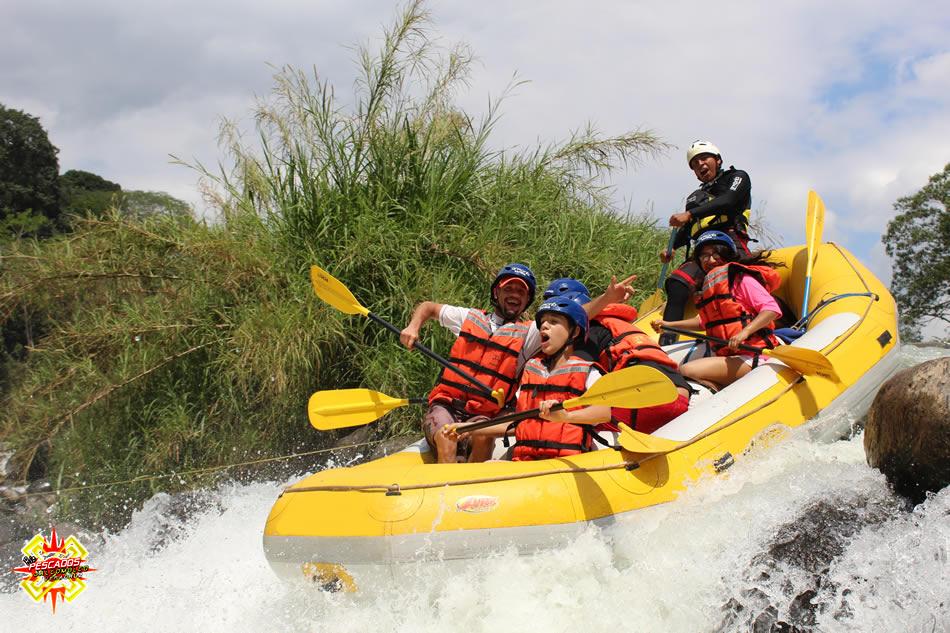 Descenso en los rápidos del río pescados, Veracruz